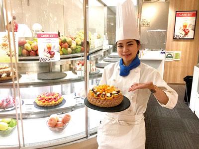 <アルバイト・パート募集!! ①パティシエ ②ホール・キッチン> 旬のフルーツを贅沢に使ったアートケーキが自慢の人気カフェ♪イメージ03