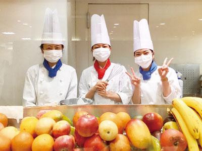 <アルバイト・パート募集!! ①パティシエ ②ホール・キッチン> 旬のフルーツを贅沢に使ったアートケーキが自慢の人気カフェ♪イメージ01